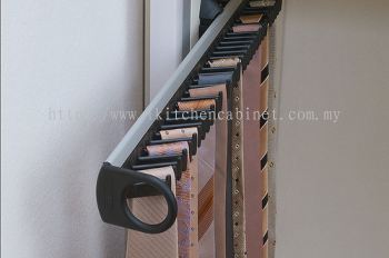 WA3 - Pull Out Tie Rack