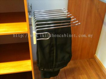 WA4 - Pull Out Trouser Rack (Small)