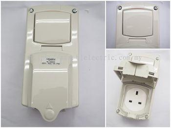 Schneider Weatherproof Switch Socket IP56-CSC313