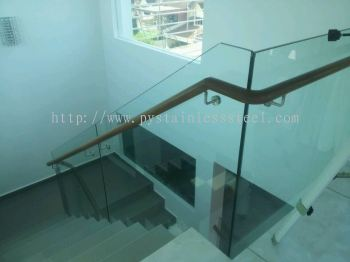 Stainless Steel Staircase Handrail With Glass & Wood