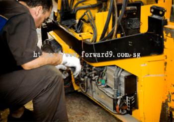 Forklift Repairing