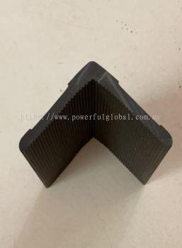 Rubber L Angle Bar Black