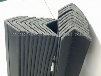 L Shape Angle Bar Black Rubber