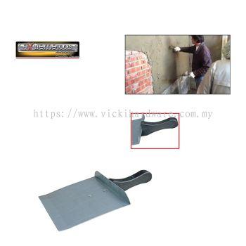 GI ZINC + PVC HANDLE@ CEMENT TRAY- 00432E