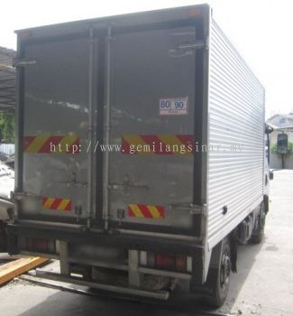LORRY CUSTOMADE ICE BOX
