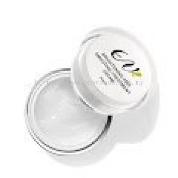 Brightening & Smoothing Treatment Cream (30grm)
