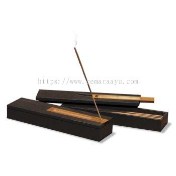 O 039a Incense Burner with 24 Sticks