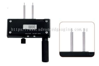 IRIS P - Digital Dial Gauge / Digital Dial Caliper For Small Holes