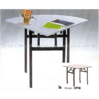Foldable Triangular Table VFQ