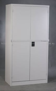 Full height cabinet swing door with locking bar