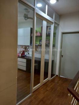 Performance Hanging Door