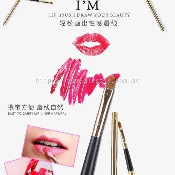 09121, lip brush
