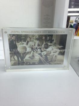Photo & Poster Frame