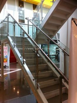 Stainless Steel Handrail Glass Railing