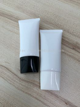 Plastic White Oval Tube - PEO008 - 50ml