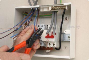 install main fuse box