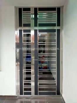STAINLESS STEEL - SINGLE DOOR