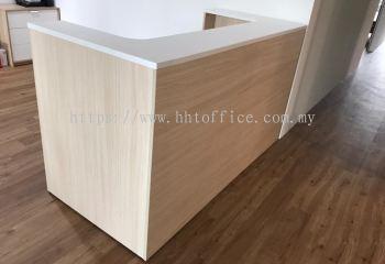 C3 - Reception Desk
