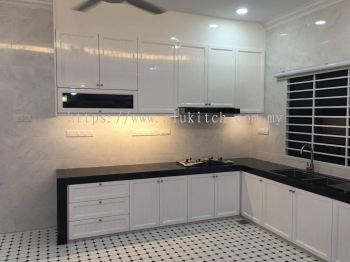 Glossy Pure White with Concrete Table Top