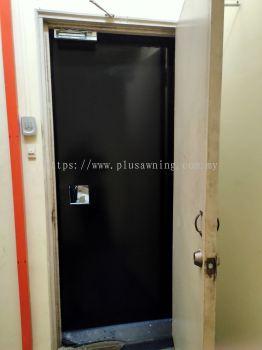 Iron Plate Door @Kampung Subang, Selangor