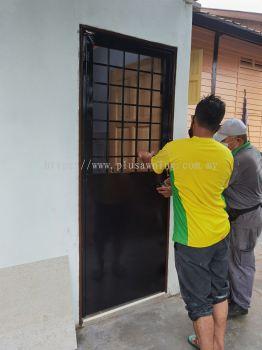 Iron Half Plate Door @Hulu Langat, Kuala Lumpur