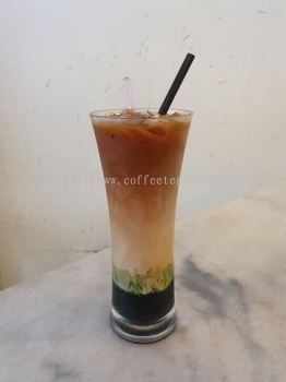 Tri Layered Tea (Pandan Flavor)