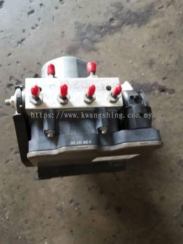 Benz W176 A200 ABS pump