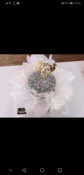 ��ɫϵ���ֻ�������(Macaroons purple bouquet cake)