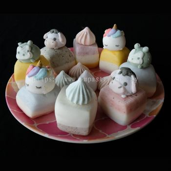 Mix Flavor Mantou with Cartoon Decoration (�߹���ͷ�뿨ͨװ��)