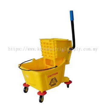 IMEC Single Mop Bucket With Side Press Wringer