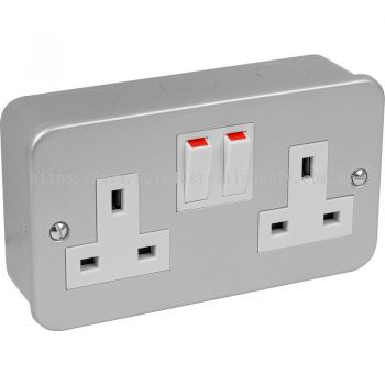 Metal Clad Socket