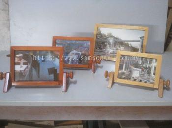 Tilting Picture Frame