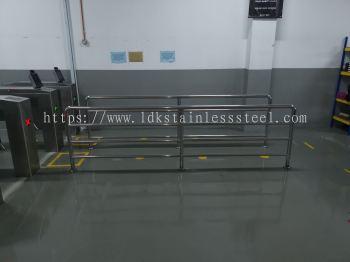SUS railing