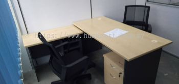 DELIVERY INSTALLATION RECTANGULAR WRITING TABLE & MESH CHAIR OFFICE FURNITURE SUNGAI BESI