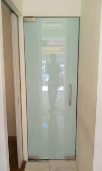 Tempered Glass Swing Door