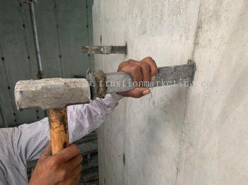 Tie Sleeve Hammer