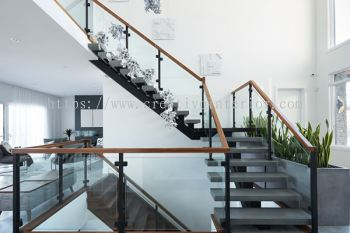 Glass railing and staircase railing works