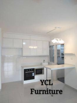 Melamine Gloss White Kitchen Cabinet D'Cerrum Ecohill