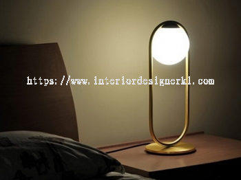 IP-GOT GOLD OVAL TABLE LAMP