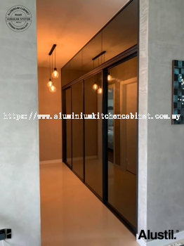 Aluminium Custom Made Wardrobe