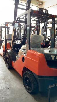 3.0 ton Diesel Toyota Forklift