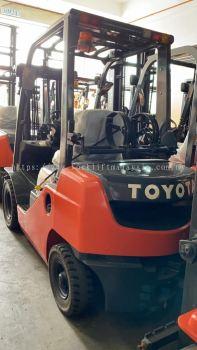 2.5 Ton Gas Toyota Forklift