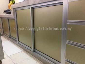 kitchen cabinet sliding door with composite panel ( gold)