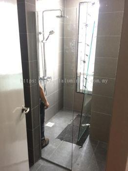 """toilet shower tempered ( 10mm) """" L"""" shape"""