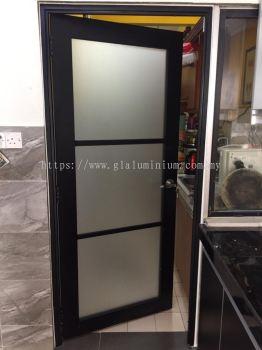 powder coating (black) + Frosted glass @jalan saukasih 3 /1 taman tun hussein onn. balakong