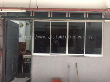 S. windows above fix glass ( Na + tinter dark glass) @Block D jalan budiman 10, taman tun Razak, Kuala Lumpur