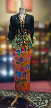 KBY017 Nyonya Kebaya (Peacock Motif) - Size S