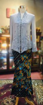 KBY023 Nyonya Kebaya (Floral Motif) - Size 40