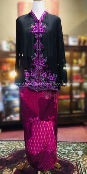 ��ɫѩ���廨���Ǹ�Q�� Size 48 Nyonya Kebaya Embroidery (Floral Motif) - Black