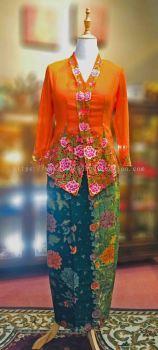 KBY008 Nyonya Kebaya (Floral Motif) - Size L